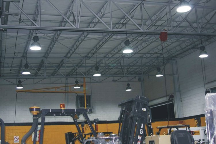 Buy the lower cost high bay light in Canada