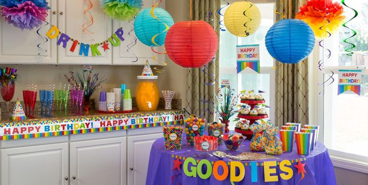 Buy party supplies from living.ca