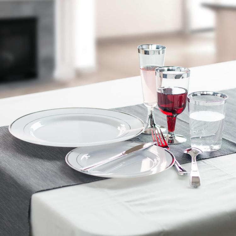 Get the best  party supplies from living.ca